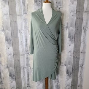 CUT LOOSE Large Crossover Wrap Dress
